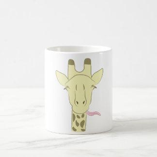 Taza de café descarada de la jirafa