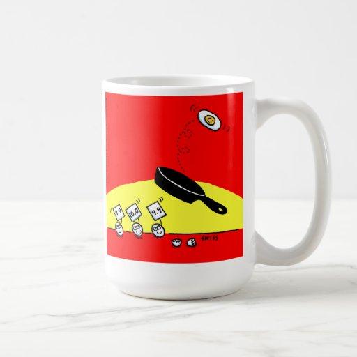 Taza de café divertida del desayuno del huevo del