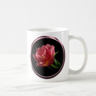 Taza de café doble del tulipán de la floración de