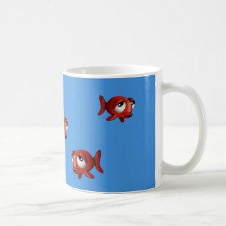 Taza de café emocional de los pescados