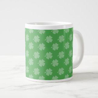Taza de café enorme irlandesa de los tréboles 20oz taza extra grande