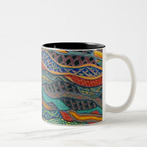 Taza de café entrelazada