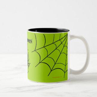 Taza de café espeluznante verde de Halloween de la