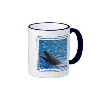 Taza de café falsa de la orca