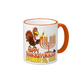 Taza de café feliz de Thanksgivukkah