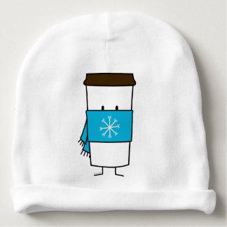 Taza de café feliz que lleva una bufanda gorrito para bebe