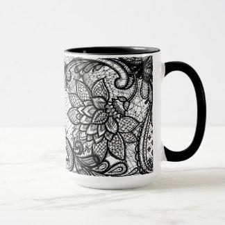 Taza de café floral del cordón B&W