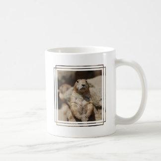 Taza de café fresca del perro de las praderas