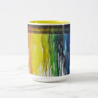 Taza de café grande derretida arco iris del arte