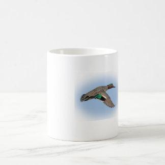 Taza de café greenwing del trullo de la caza del