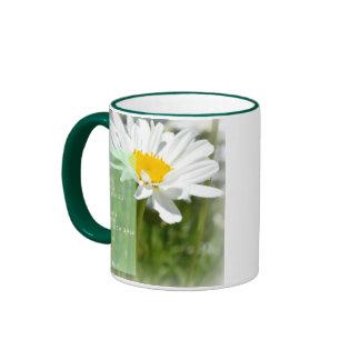 Taza de café ideal del poema de la margarita