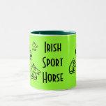 Taza de café irlandesa del caballo del deporte