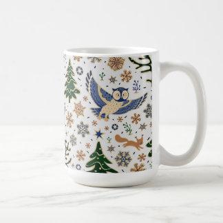 Taza de café linda de los búhos de los animales