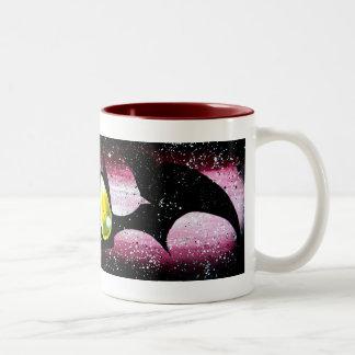 Taza de café linda del monstruo del palo de vampir