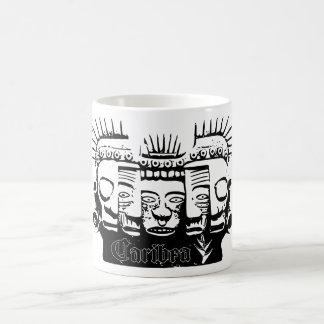 Taza de café maya de las caras