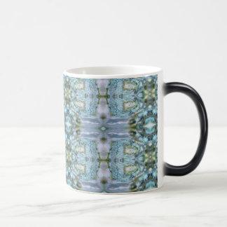 Taza de café Morphing del diseño del olmo