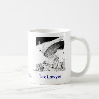Taza de café muerta del abogado de impuesto de