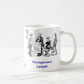 Taza de café muerta del abogado de la gestión de L