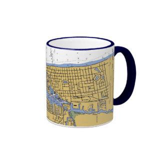 Taza de café náutica de la carta del puerto de