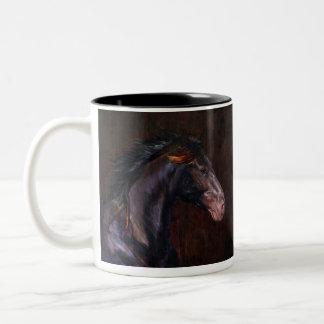 Taza de café negra del semental