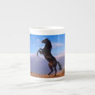 Taza de café negra hermosa de la foto del caballo  taza de porcelana