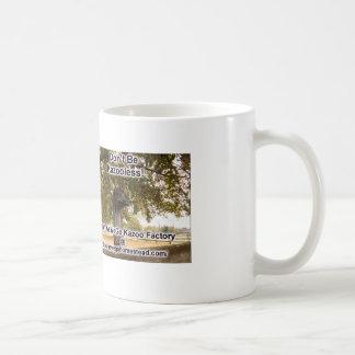 Taza de café oficial del Kazoo del doc.