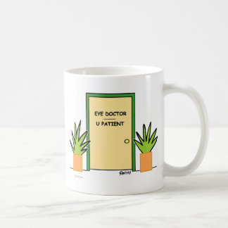 Taza de café óptica divertida linda de la novedad