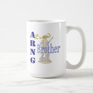 Taza de café orgullosa de ARNG Brother