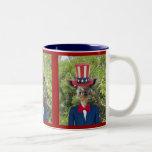 Taza de café patriótica de la jirafa