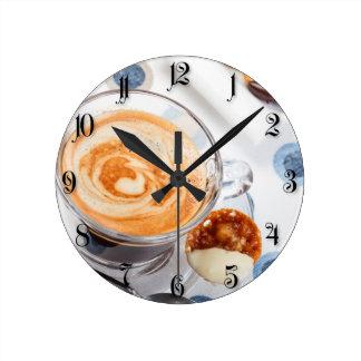 Taza de café reloj redondo mediano