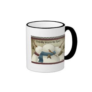 Taza de café remilgada del trío del muñeco de niev