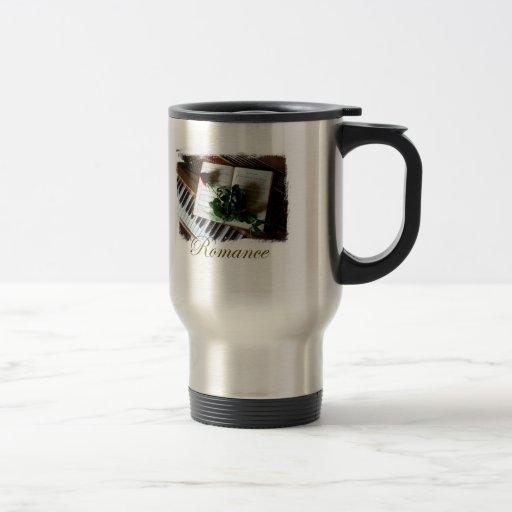 Taza de café romántica elegante del viaje