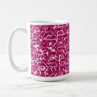 Taza de café rosada del paisaje