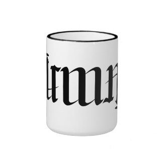 """Taza de café rotatoria del ambigram de """"Irma"""""""