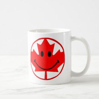 Taza de café sonriente de Canadá 11 onzas