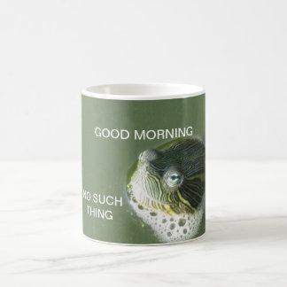 Taza de café tímida de la tortuga