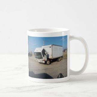 Taza de café triste de encargo del camión