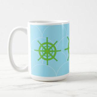 taza de café verde de la rueda de la nave