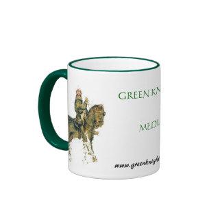 Taza de café verde de los medios del caballero
