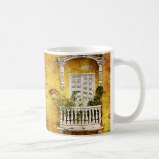 Taza de café vieja de Cartagena