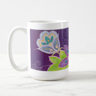 Taza de café violeta del tulipán