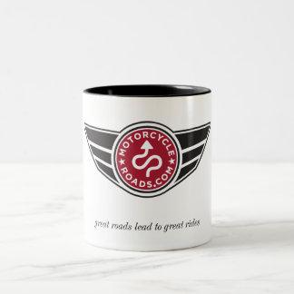 Taza de cerámica media con el logotipo rojo de MCR