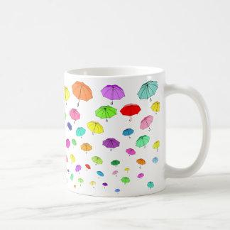 """Taza de cerámica """"PARAGUAS"""" con diseño por Janinna"""