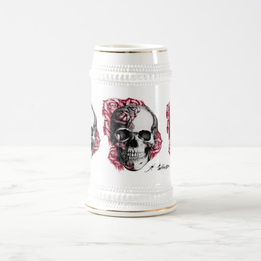 Taza de cerveza color de rosa del cráneo