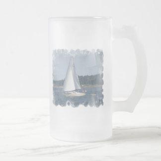 Taza de cerveza de las burbujas del barco de vela