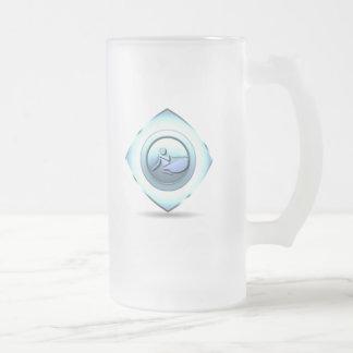 Taza de cerveza del diseño del canotaje