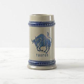 Taza de cerveza del horóscopo del tauro