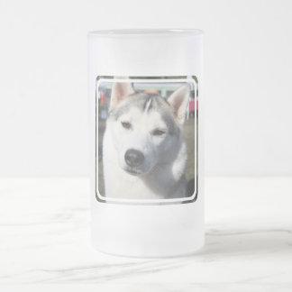 Taza de cerveza del perro del husky siberiano