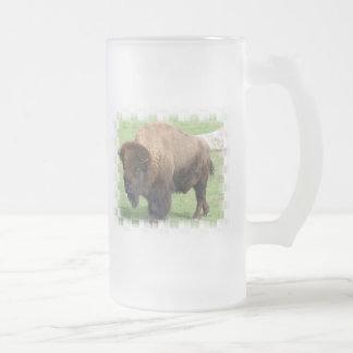 Taza de cerveza helada bisonte norteamericano