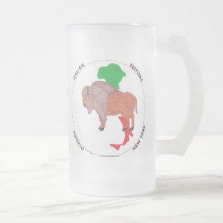 Taza de cerveza helada búfalo derecho italiano del